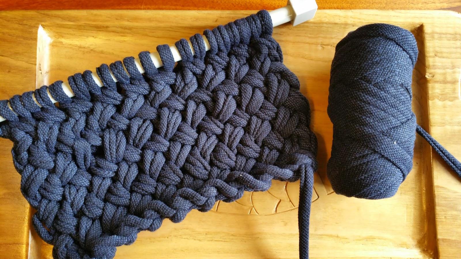 Como hacer bolsos de trapillo con dos agujas modelos de moda - Tejer con trapillo ...