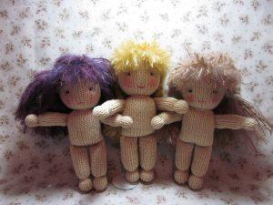 4-como-hacer-muñecas-de-punto-con-dos-agujas