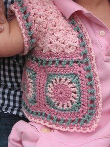 5-como-hacer-un-chaleco-en-crochet-niña