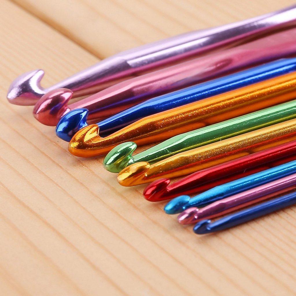 Curso de tejido en crochet materiales y tipos de puntos - Bolsa para guardar agujas de tejer ...