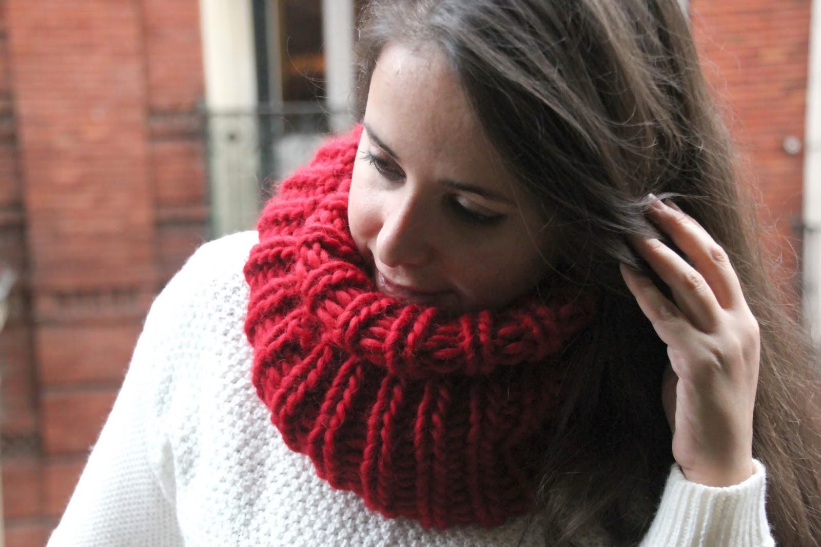 Como hacer bufandas de lana con dos agujas en forma de cuello - Puntos de agujas de lana ...