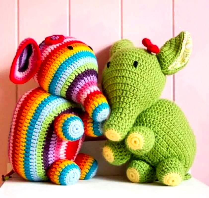 Como hacer mu ecos de lana con dos agujas para vender - Manualidades con lanas de colores ...