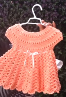 Vestido punto pina a crochet