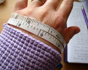 como hacer mitones a crochet-15